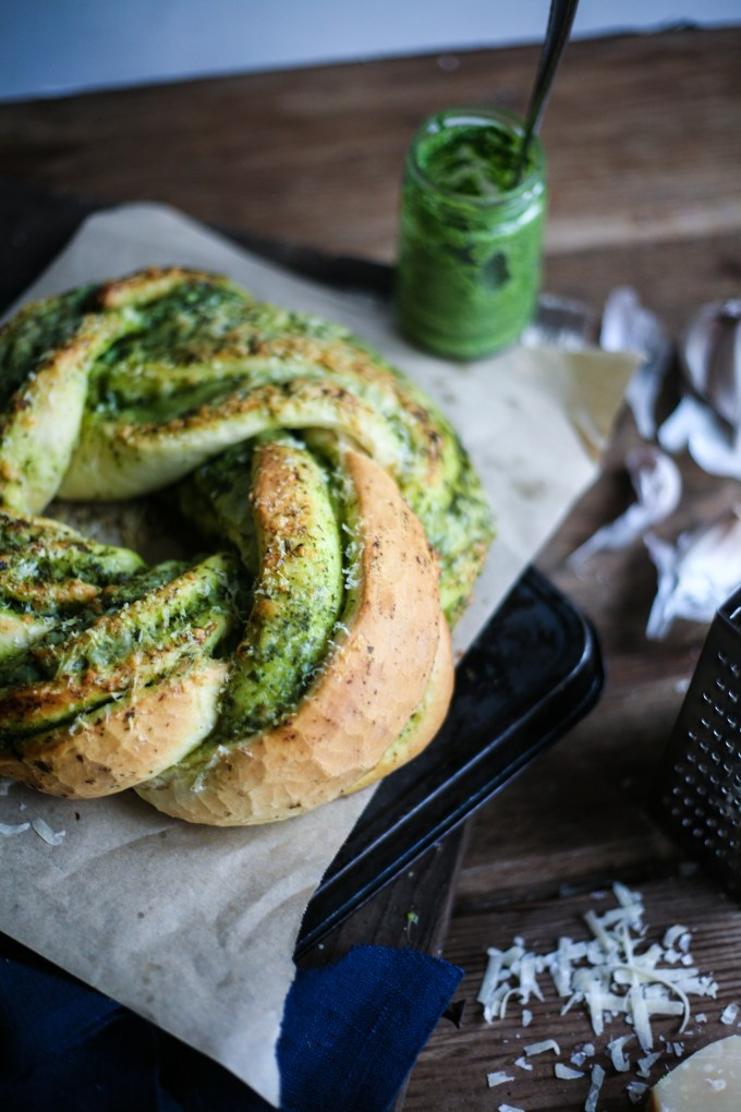 Garlic and Herb swirly bread