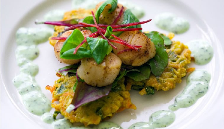 Scallops on spiced fritters