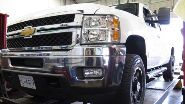Chev Silverado 1500 TRUXXX level off kit installed at Dales Auto Service