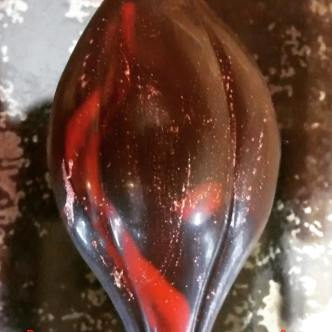 A Stout Pod - house-made candied Nicaraguan cacao nib chocolate, pistachios, & touch of chocolate Stout