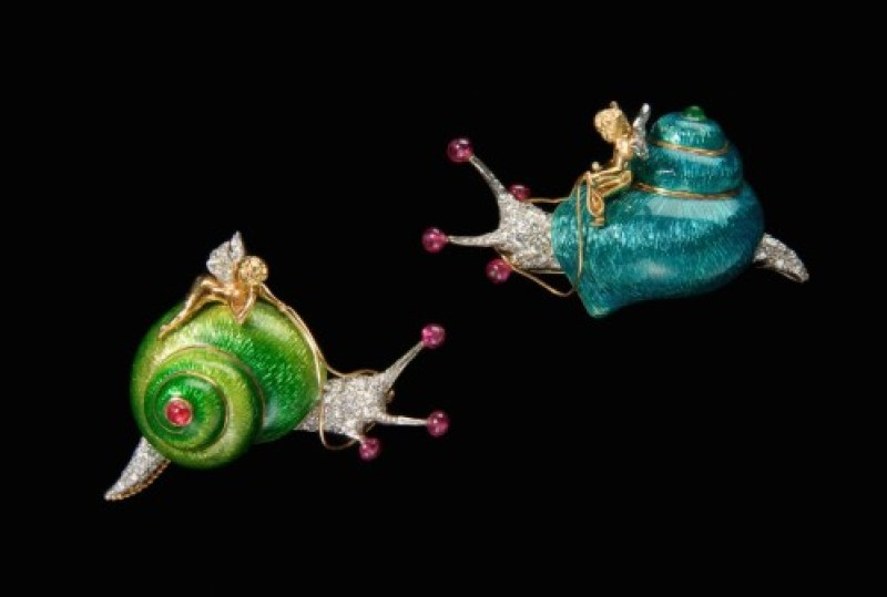 Verdura-Snail-and-Cherub-Brooches-1968-photo-credit-Jewels-du-Jour