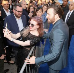 """HOLLYWOOD, CALIFORNIA - APRIL 12: Actor Chris Evans attends The World Premiere of Marvel's """"Captain America: Civil War"""" at Dolby Theatre on April 12, 2016 in Los Angeles, California. (Photo by Jesse Grant/Getty Images for Disney) *** Local Caption *** Chris Evans"""