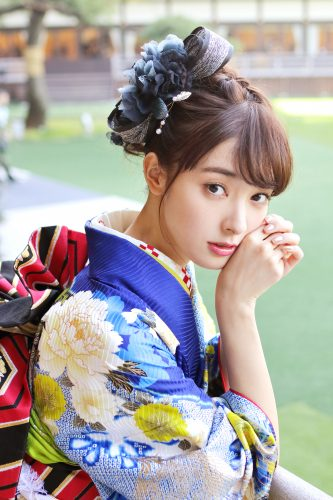 モデルの裏話も! 宮本茉由、初のオスカー「晴れ着撮影会」に潜入!