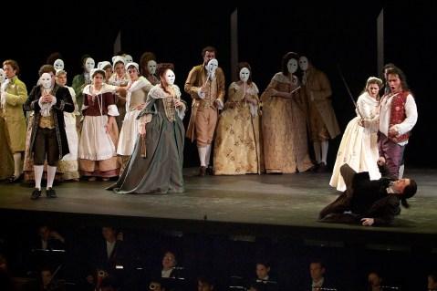 Erwin Schrott as Don Giovannni and Alexander as Leporello