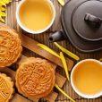 Moon-Cake-with-Tea-1