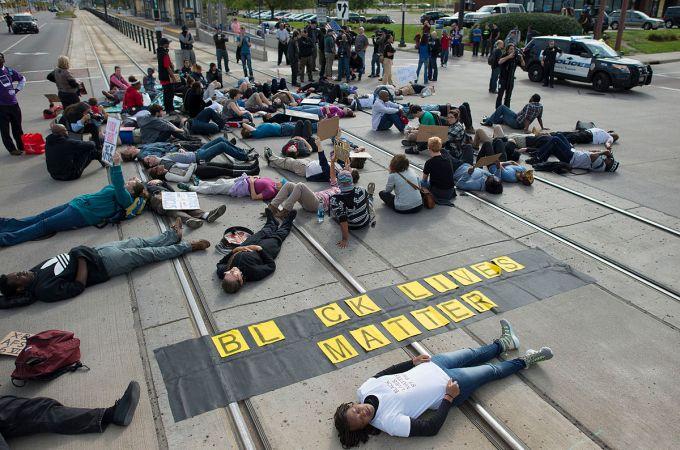 1200px-Black_Lives_Matter_protest_against_St._Paul_police_brutality_(21587635011)