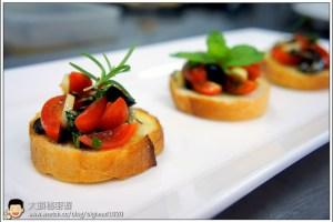 [西餐]開胃小品類 蕃茄橄欖脆麵包