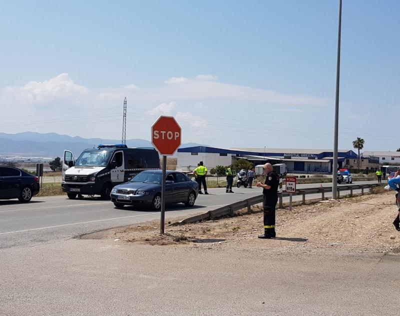 Un ciclista vecino de Totana fallece en un accidente de tráfico atropellado por un turismo que perdió el control del vehículo invadiendo el carril contrario, a las afueras del casco urbano