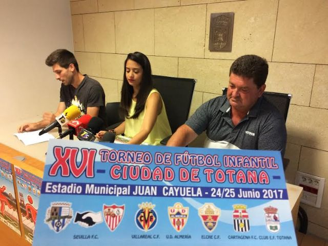 """El XVI Torneo de Fútbol Infantil """"Ciudad de Totana """" se celebrará en el estadio municipal """"Juan Cayuela"""" el 24 y 25 de junio; y contará con la participación de seis clubes"""