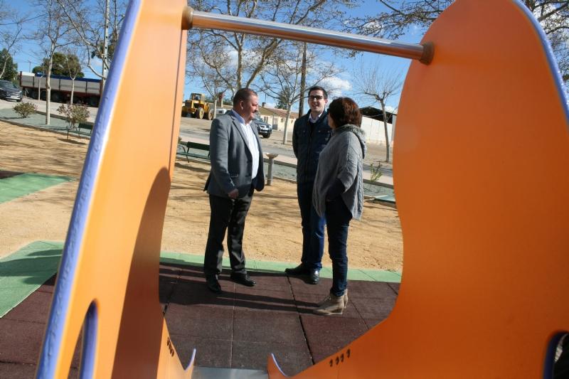 Vídeo. Finalizan las obras de rehabilitación y reforma integral del Jardín de Las Vertientes del Aljibe de Los López, en El Paretón; y el parque de Los Cantareros
