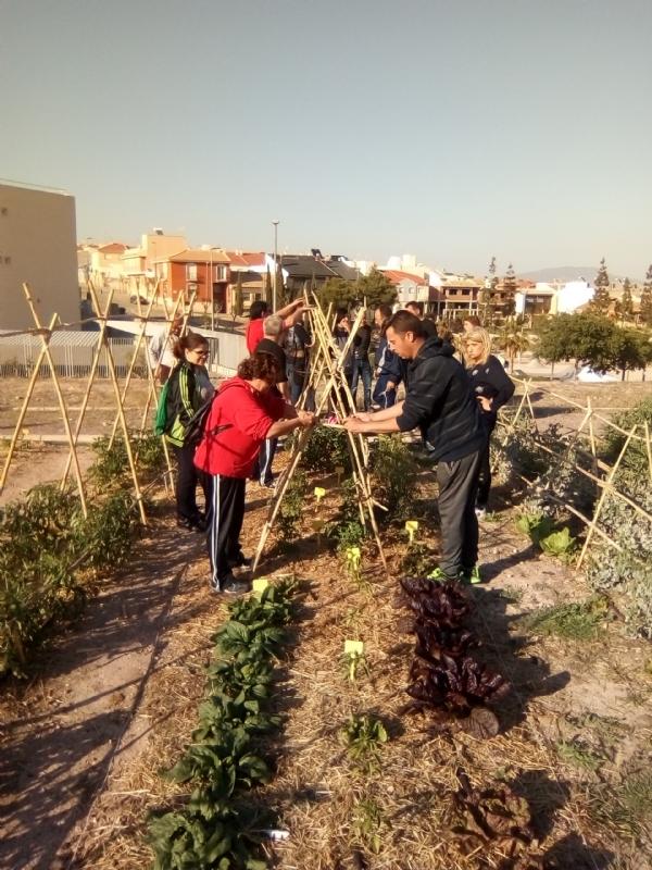"""Finalizan diferentes acciones formativas desarrolladas por el Colectivo """"El Candil"""" para la inserción laboral de personas en situación de vulnerabilidad social en este municipio"""