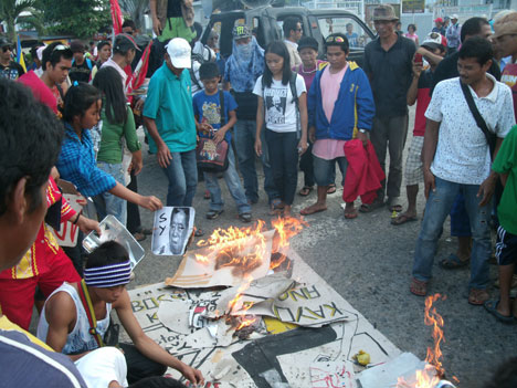 NoCot peasants, lumads hold barricade vs Lopez-owned geothermal plant