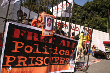 Detained NDF consultants set for release before April