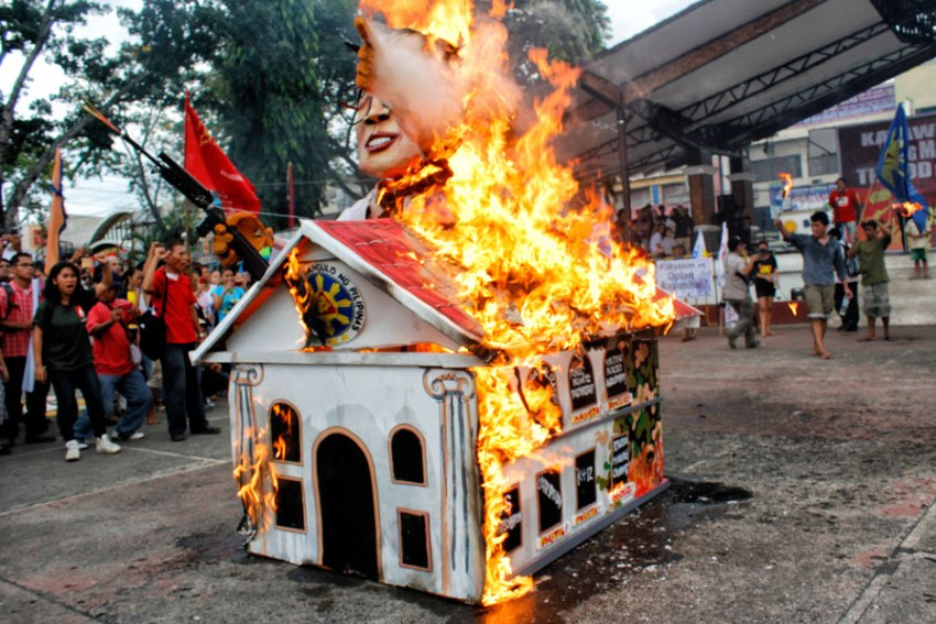 Davao rallyists slam 'lies' in Aquino's SONA