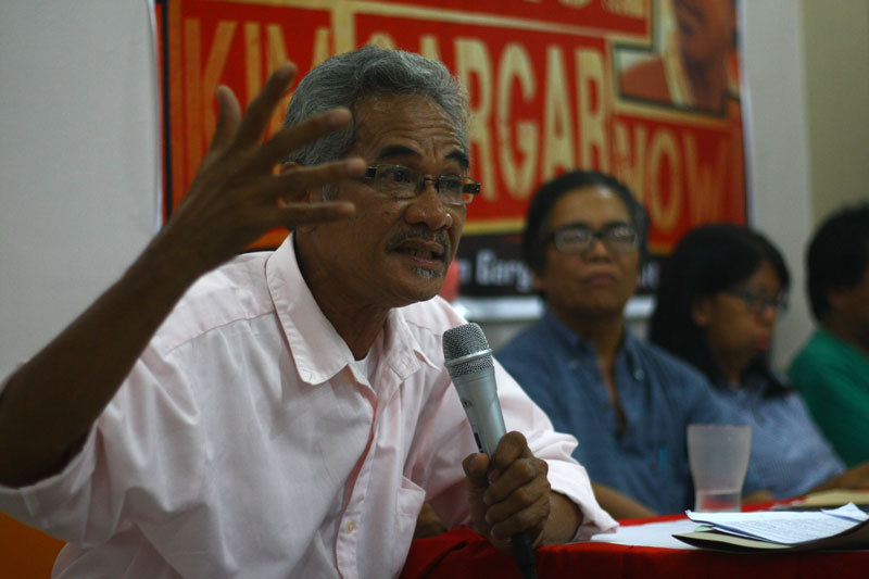 Francis Morales of Balsa Mindanao explains that the research of jailed scientist Kim Gargar would guide in them on how to rehabilate Pablo ravaged areas. (davaotoday.com)