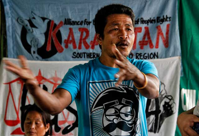 MANOBO LEADER'S LAMENT Agusan Manobo tribal leader Datu Librando Peres from Barangay Sabud, Loreto, Agusan del Sur, narrated during the Karapatan press conference narrates how the agreement between residents, Loreto Mayor Dario Otaza and the miltary were violated as the Philippine Army's 26th Infantry Battalion encamp in their communities' schools and houses, and also strafed houses and places of worship.  Peres demanded for the pullout of troops so the communities can return in peace. (davaotoday.com photo by Medel V. Hernani)