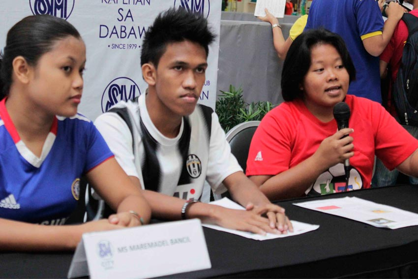 Eight Davao youths will participate in the Street Football World Event Brazil in July 1 to 12, 2014 represented by Tambayan Center for Children's Rights upon invitation of the Argentinian NGO Fundacion Futbol para el Desarrollo (FUDE).