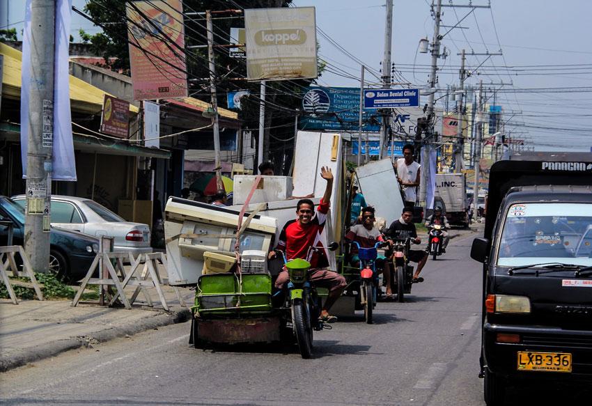 Duterte reprimands pedicabs plying on natl roads