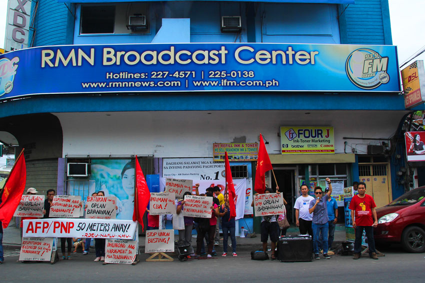 RMN-DAVAO ON STRIKE. Union members of radio station Radio Mindanao Network (RMN) Davao staged a strike starting Thursday October 2 due to the neglect of management to strike a new collective bargaining agreement and repeated harassment of members. (Ace R. Morandante, davaotoday.com)