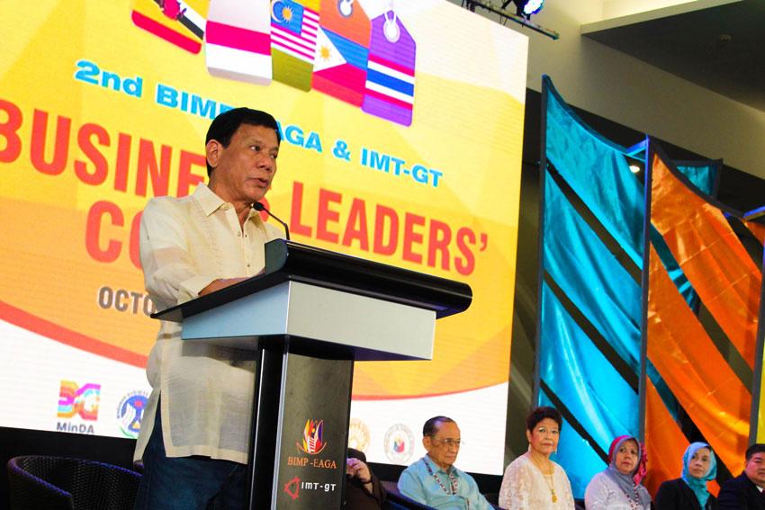 Duterte hits travel advisories to Davao, Mindanao during Intl confab