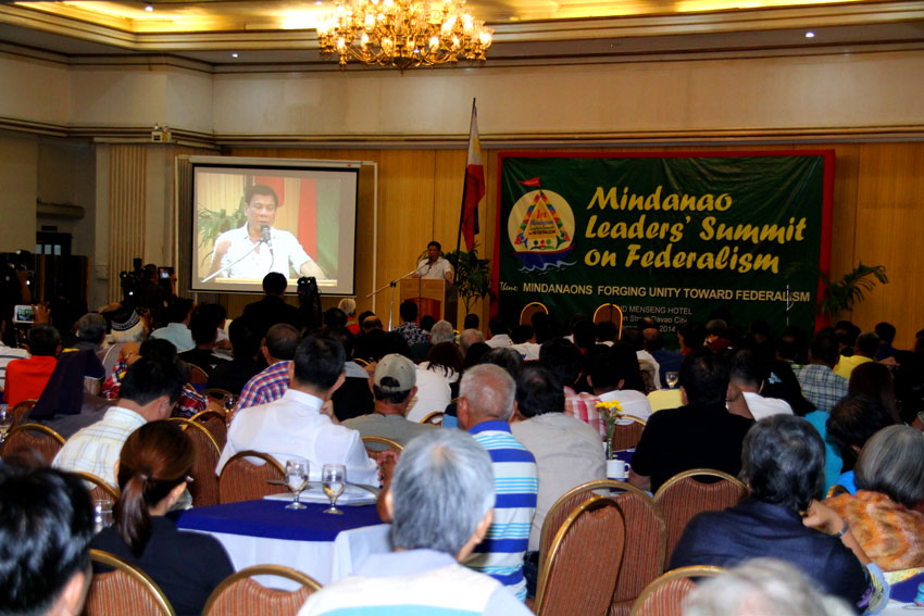 """Time is now for federalism"", Mindanao leaders say"