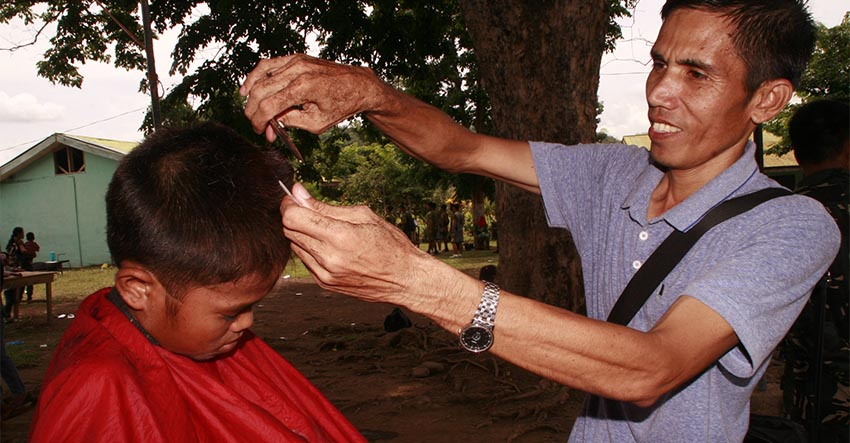 The barbers of Sibuto