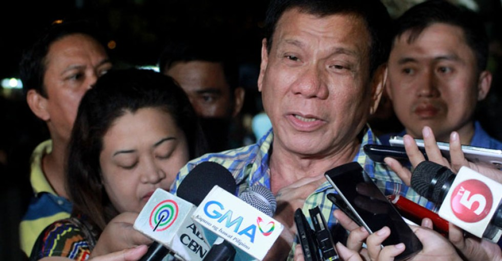 PRESIDENTIAL ASPIRANT Rodrigo Duterte says he will not attend the presidential debate in Cagayan de Oro City on  February 21 if the local media will not be given a fair share in covering the event. (File photo)