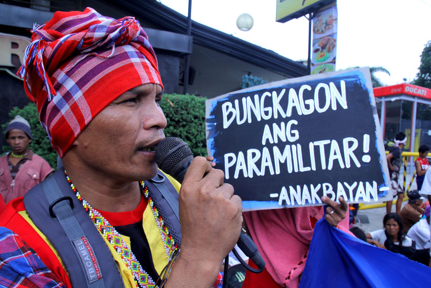 Datu Mintroso Malibato, spokesperson of Karadyawan, an organization of Manobo from Kapalong, Davao del Norte joins a protest outside the venue of the Commission on Human Rights' public inquiry with regards to the situation of Lumads in Mindanao. Malibato urged the CHR to focus on the reported human rights violations by the Army and paramilitary groups. (Ace R.Morandante/davaotoday.com)