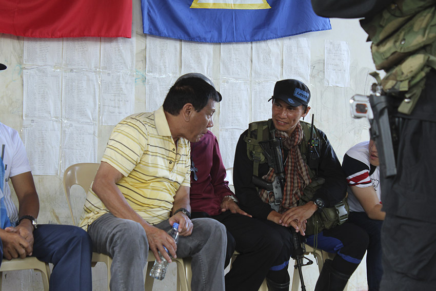 Gov't seeks to move peace talks with NDF to August