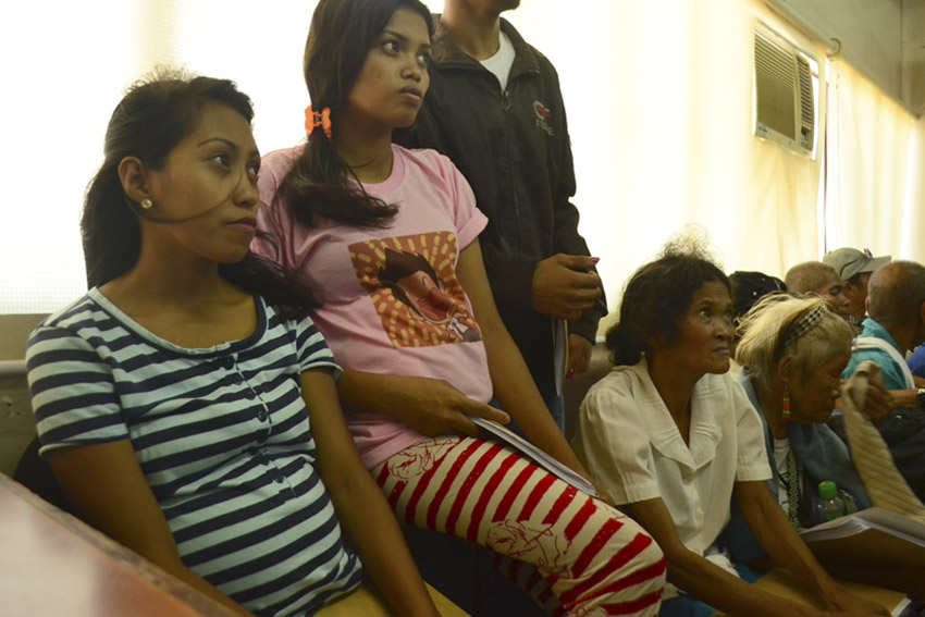 (From left) Pregnant women, Arlene Candiban and her cousin-in-law Elisa Candiban, courageously file charges against government officials at the Ombudsman in Mindanao in Davao City on Monday, April 25. (Medel V. Hernani/davaotoday.com)