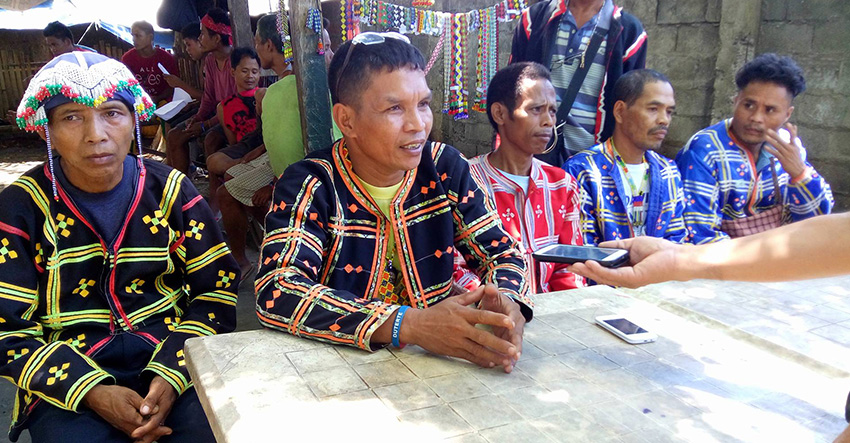 GRATEFUL. Tribal leaders staying in a church compound in Davao City congratulate P resident-elect Rodrigo Duterte and hope for his continued support to their struggle. (Earl O. Condeza/davaotoday.com)