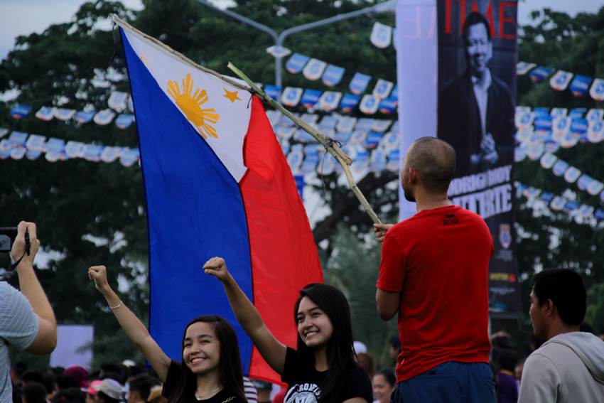 PHOTO ESSAY | Thousands arrive at Duterte's thanksgiving party