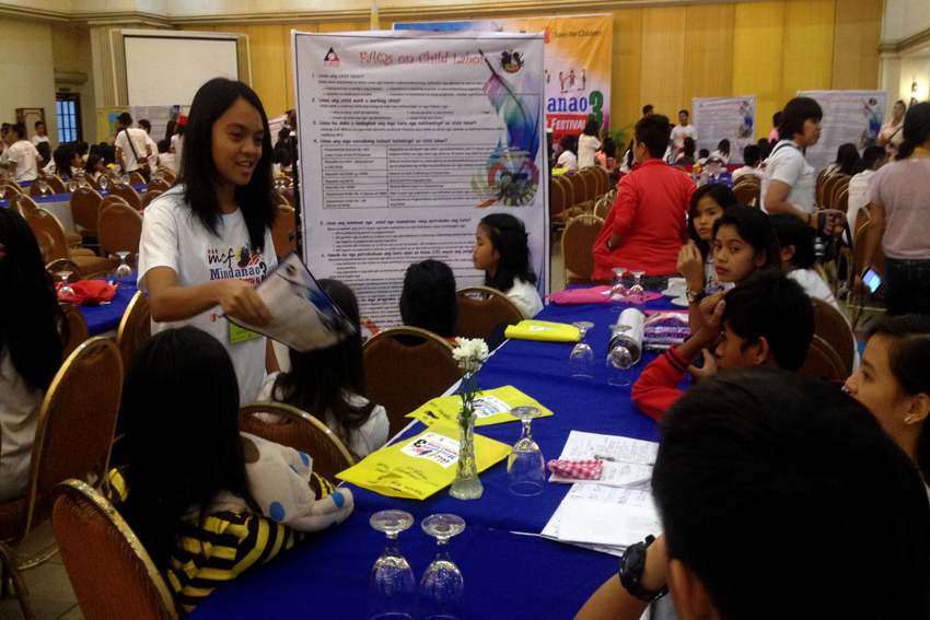 CHILDREN'S SUMMIT. Around 500 children from all over Mindanao gather for the three-day Mindanao Children's Festival at the Grand Men Seng Hotel in Davao City. During the second day of the festival on Tuesday, Nov. 22, a children's summit was held to tackle various children's issues. (Maria Patricia C. Borromeo/davaotoday.com)