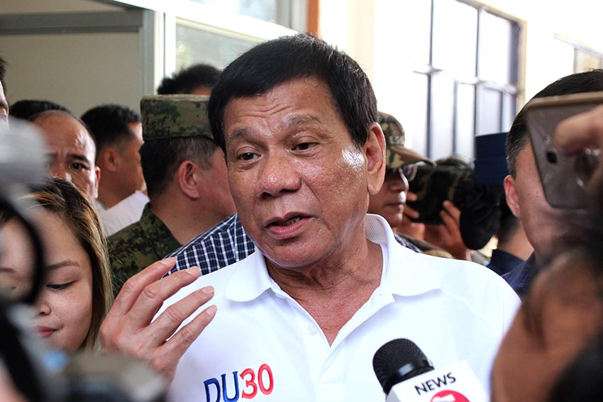 Duterte open to resume talks with Reds