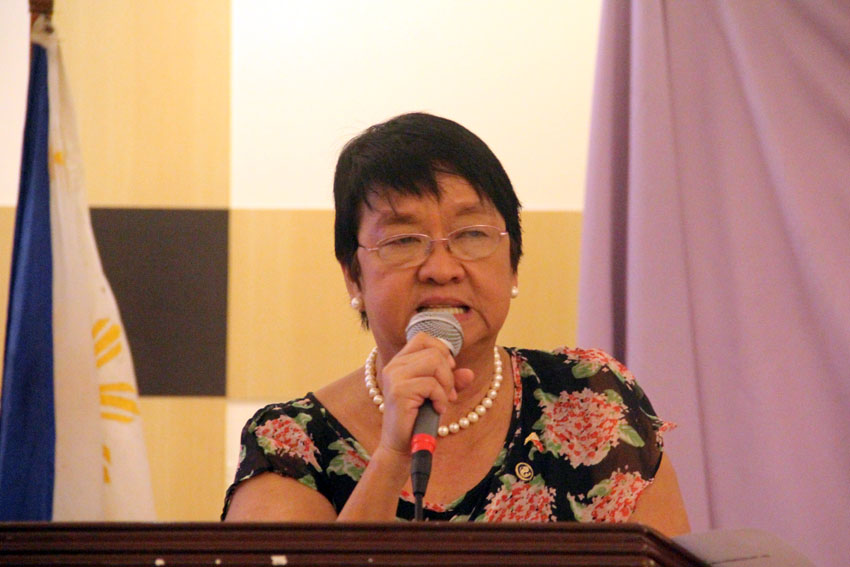 As killings of farmers continue, DSWD's Taguiwalo calls for resumption of talks