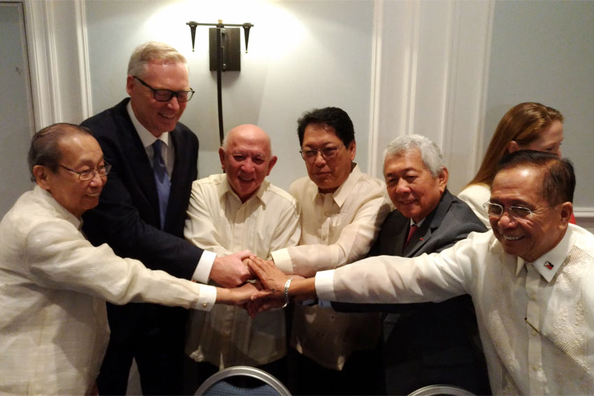 NDFP, gov't engage in backchannel talks