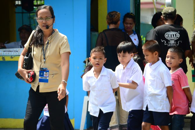 Briones: Teachers' debts a 'decades-old drama'