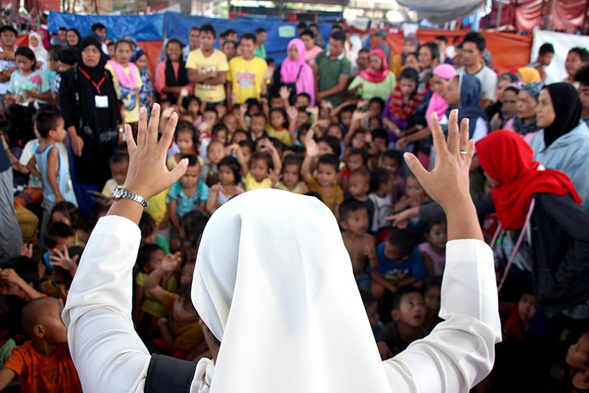 Leader: Church helping Moro evacuees not to be feared