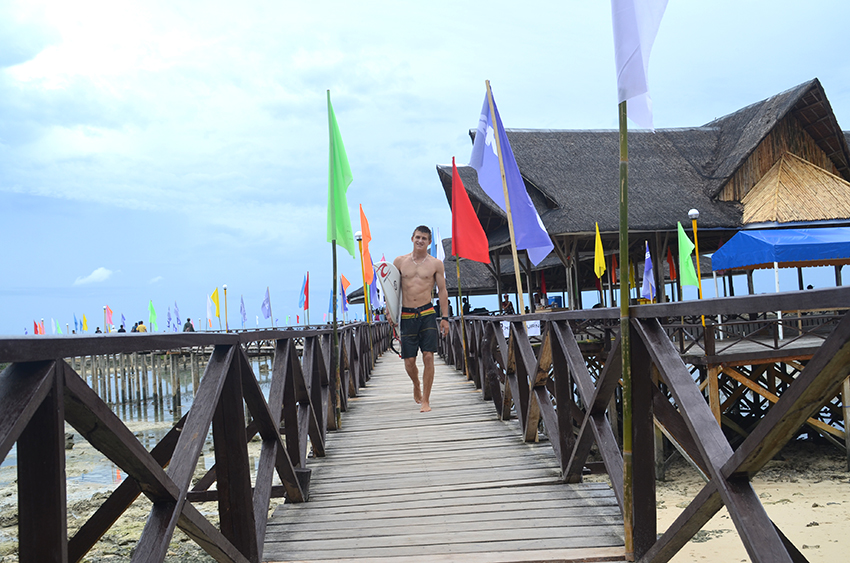 Siargao surfing, water sports gain support from DOT