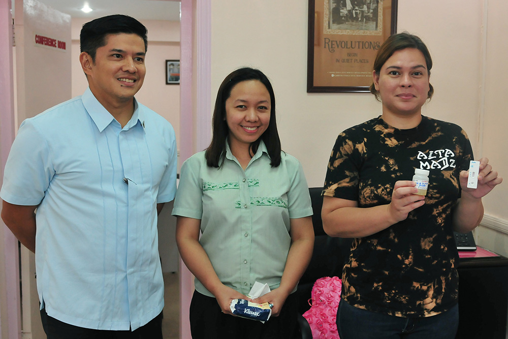 Sara Duterte leads drug test of Davao City hall employees