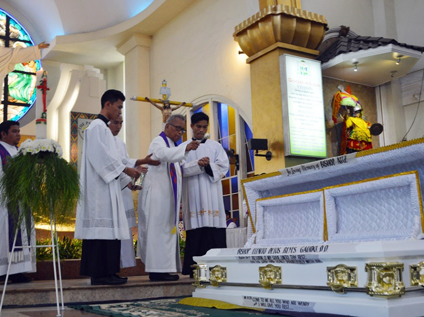 Iligan Bishop Elenito Galido laid to rest