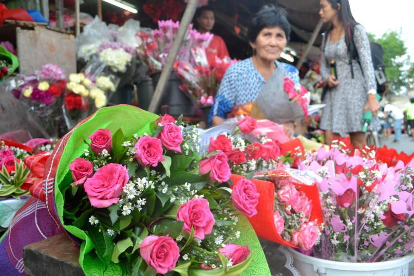 Flower prices to prick on Valentine's