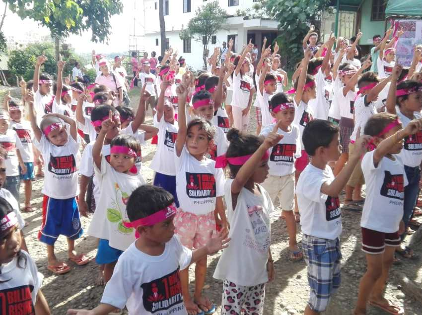 One Billion Rising: Women, children dance to call for the end of Martial law in Mindanao