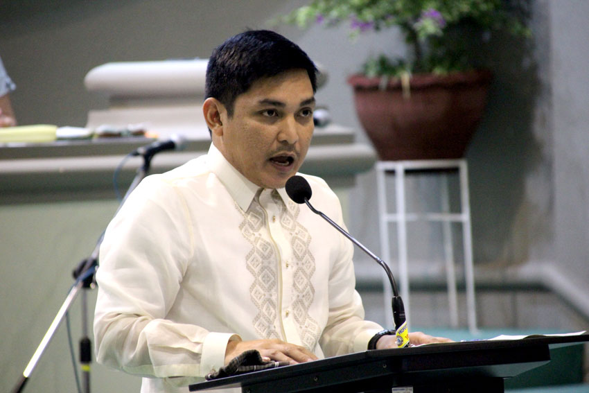 Councilor calls out lapses in distancing during SAP distribution