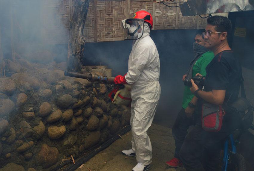 Cagayan de Oro top officials personally lead in anti-dengue campaign