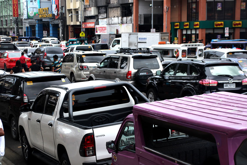 Parking fees to be imposed in major city streets next year