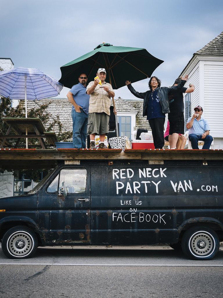 Red Neck Party Van