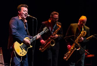 The soul man is backed by funky horns, The James Hunter Six - Sings Like Hell 5/24/16 Lobero Theatre