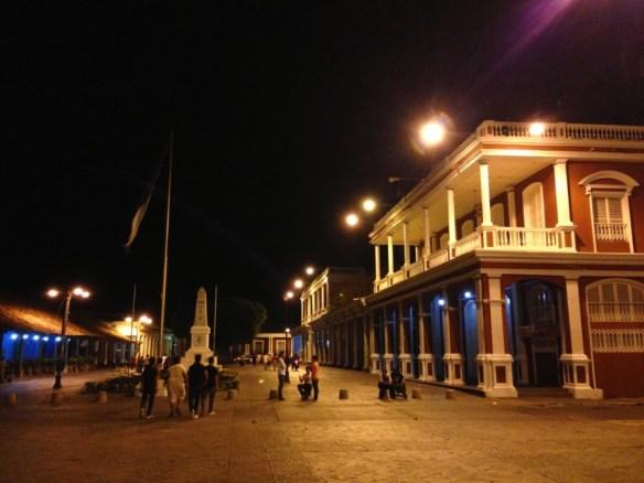 Colonial buildings in Plaza de la Independencia.