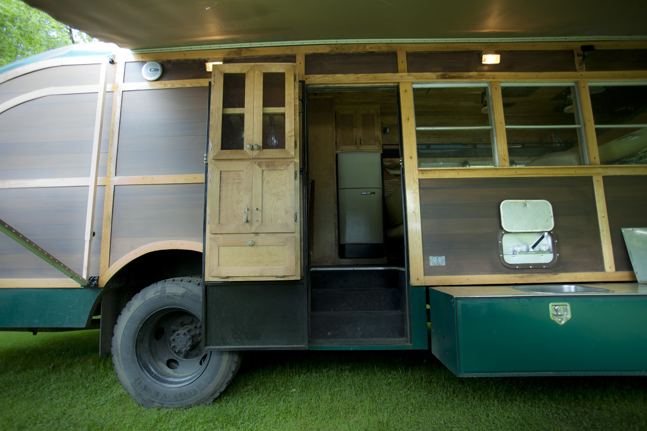 Fullsize Of School Bus Camper